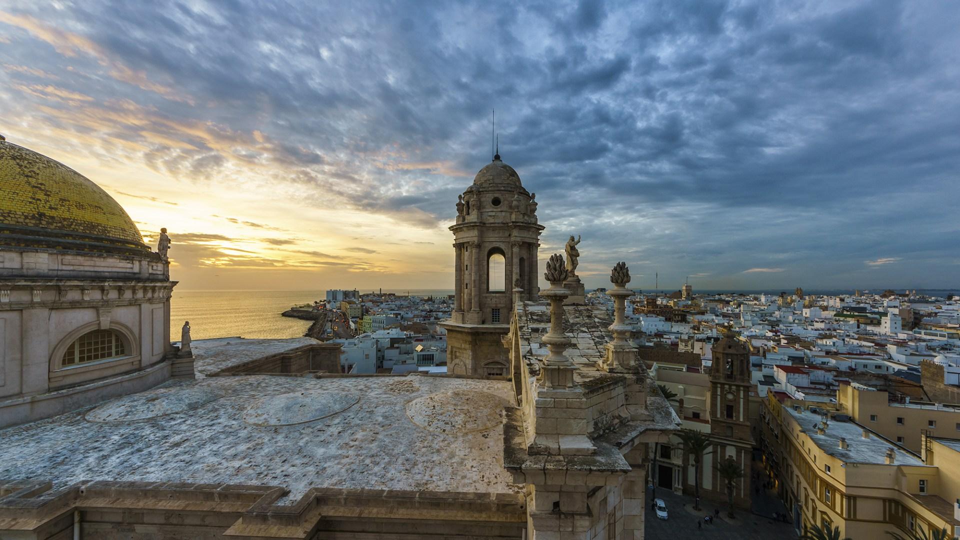 Visitar Cádiz en noviembre en tu tour gratis de la ciudad en Andalucia