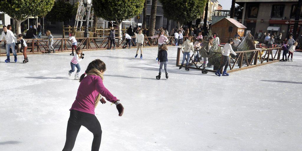 La pista de patinaje de la Plaza del Arenal